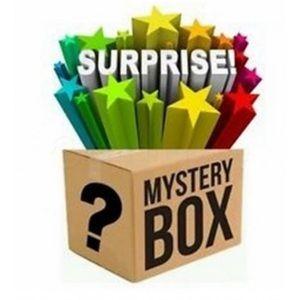 Women's mystery box of 6 items! XS-S 00-0